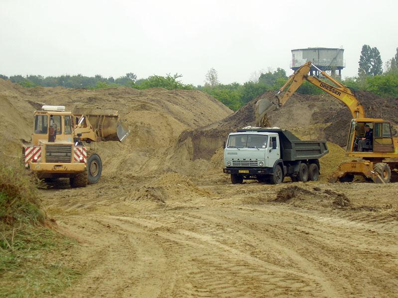 Kincsempark  - futópálya építés
